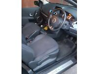 Renault clio tce huge spec, full service history.
