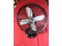 Holmes table fan with oscillation