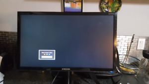 30 inch Samsung monitor in new conditions