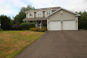 BEAUTIFUL 5 BEDROOM HOUSE IN RIVERVIEW