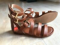 Michael Kors sandals Size 5,5 New