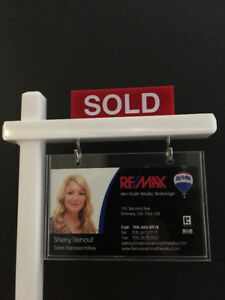 ARE YOU LOOKING TO BUY OR SELL?