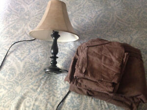 Small lamp/ brown sheets
