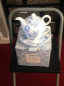 Tea for one tea set