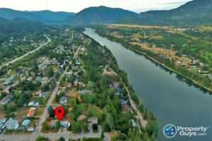 Perfect Family Home in Castlegar BC 198145