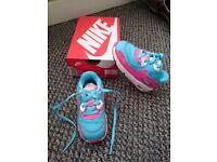 Toddler Girls Nike Air Max mesh trainers size UK 6.5