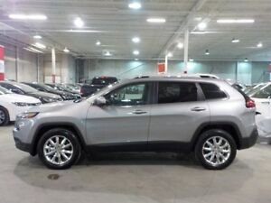 2015 Jeep Cherokee Limited  4X4 $101.11 weekly + hst