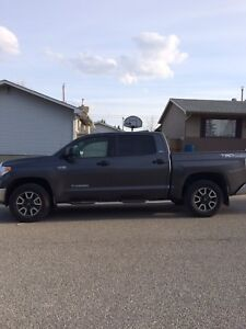 Lease takeover - 2017 Toyota Tundra SR5 TRD Crewmax