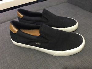 WeSC Mens Black Luiz Canvas Slip On Fashion Sneaker Skate Shoes