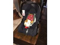 Graco baby car seat - very good condition