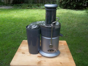 Brevelle Professional Juicer. Whole Fruits, Powerful Motor.