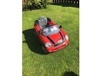 Child's mini cooper car - good condition