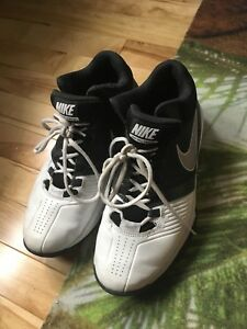 Nike Basketball Court Shoes