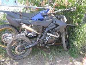 2010  gio  250cc dirt bike---RUNS GREAT----LOW HOURS
