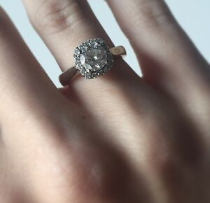 GORGEOUS ENGAGEMENT RING APPRAISED AT OVER $11,000