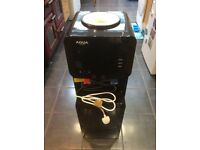 AQUA VITAE WATER COOLER HOT AND COLD WATER DISPENSER. BRAND NEW BUT WITH UNKNOWN LEAK