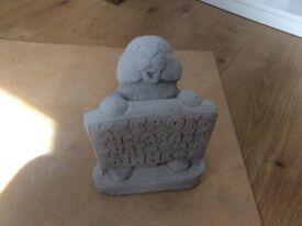 Concrete garden rabbit with sign ornament