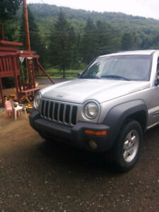 Jeep Liberty VUS Sport