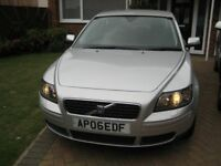 ***Reduced to £1950*** 2006 Volvo S40 S - 1.8 4dr Petrol Silver Manual MOT UNTIL: 31st July 2018
