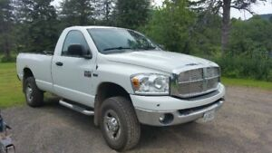 2008 Dodge 2500 HD Pickup Truck