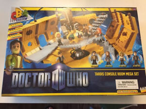 Doctor Who Character Building Set - Unopened!