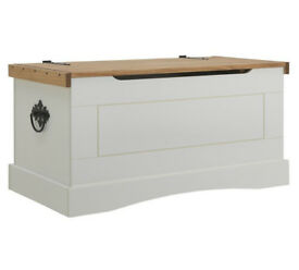 Puerto Rico Pine Storage Chest - White & Pine