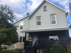 Upstairs 2 bedroom apartment for rent 1 block from Law School