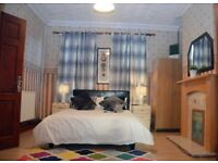This is a Clean Professional House Share in Walsall Town Center***NO ADMIN; NO DEPOSIT***