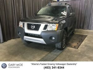 2014 Nissan Xterra PRO-4X lOCKING 4X4 with Nav!
