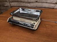 Vintage 1950's royal kitchen scales