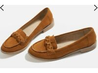 Brand new Topshop Tan loafer size 4