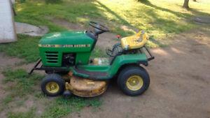 tracteur a pelouse john deere