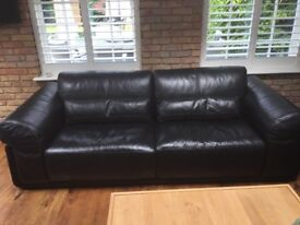 POLO DIVANI FURNITURE VILLAGE 2 & 4 SEATER BLACK LEATHER SOFAS EXCELLENT CONDITION