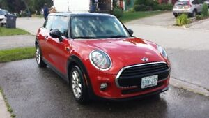 MINT Condition - 2016 MINI Cooper - Loaded!