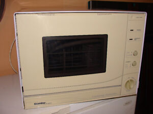 Countertop dishwasher in working condition!