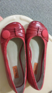 Ladies shoes size 5 and 6