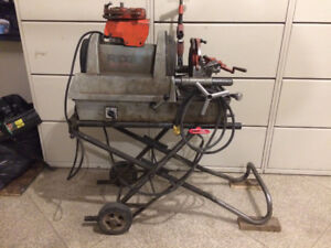 Ridgid 1822-1 And A 535 Threaders For Sale