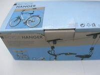 Bicycle hanger