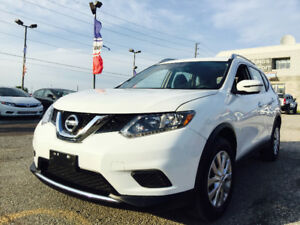 2016 Nissan Rogue SV /SUV/1,4800 KM only /Rearview Camera