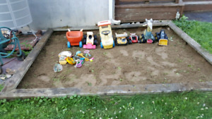 Jouets et structure de carré de sable - sandbox toys and frame