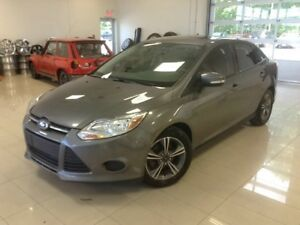 2014 Ford Focus SE, TOIT OUVRANT, ABS, MAG, BLUETOOTH