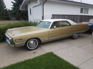 1971 Chrysler New Yorker ****LOW LOW LOW KMS****