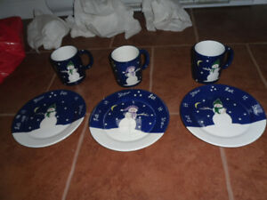 SNOWMAN CUP AND SAUCER 6 PIECE SET