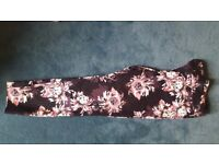 3/4 Length Floral Trousers in Excellent Condition