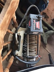 10000lbs warn winch . Transmission/ transfer case/shaft