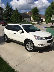 2012 Chevrolet Traverse 2LT ONE OWNER MINT