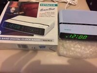 Retro/Vintage 80's Hitachi KC12 KC 12 Alarm Clock Radio