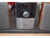 SONY DAB RADIO CD/CASSETTE/AUX IN DAB ANTENNA CAN BE SEEN WORKING