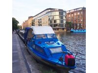 20ft Cabin Cruiser Boat: Small Houseboat or Holiday Cruiser