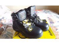 Dunlop Metal Toe Cap Work Boots - Black - Size 9